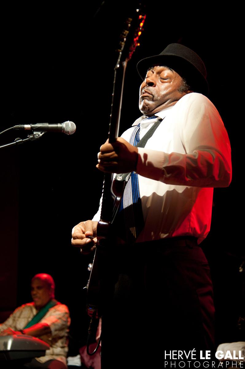 Chicago Blues Festival Vasti Jackson au Vauban 2011 par Hervé Le Gall