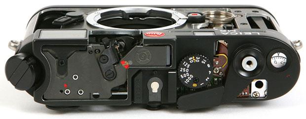 vue du Leica M6 demonté sans capot
