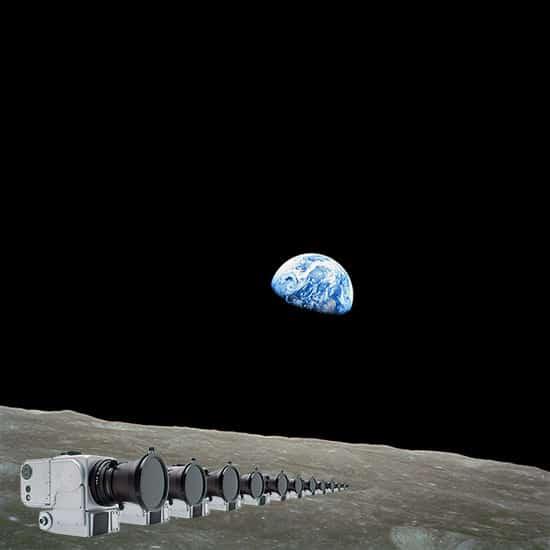 12 appareils photo Hasselblad abandonnés sur la Lune