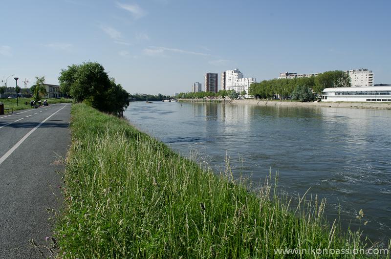 vue des quais de seine à Vitry