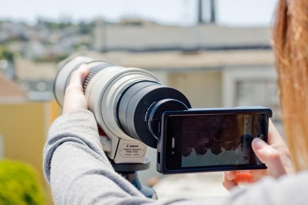 Adaptateur iPhone pour objectifs Nikon et Canon