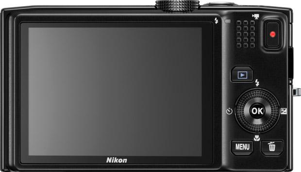 Nouveau Nikon Coolpix S8200, 16Mp et zoom 25-350mm