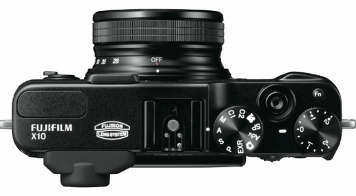 Nouveau Fuji X10, 12 Mpx et zoom 28-112 f/2-2.8
