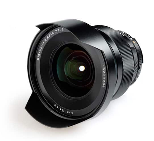 Zeiss 15mm f/2.8 en monture Nikon et Canon - 3140 euros
