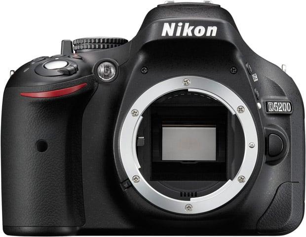 Nikon D5200 : vu de face