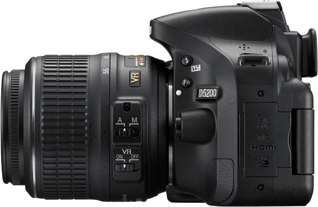 Nikon D5200 : vu de profil