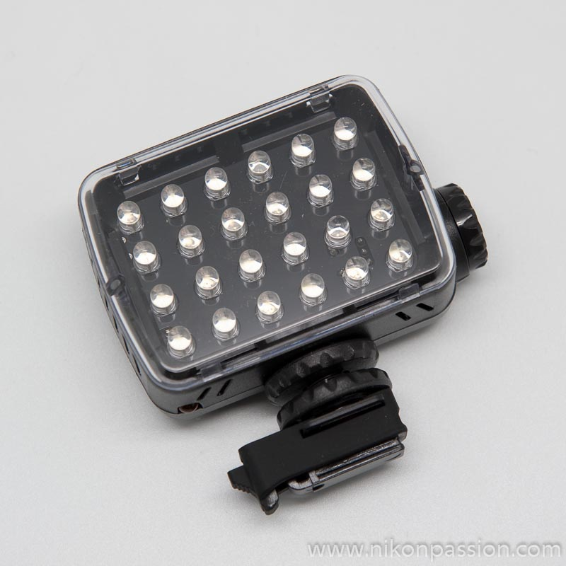 Test Manfrotto KLYP : coque iPhone 4 et 4s, trépied pocket et torches LED