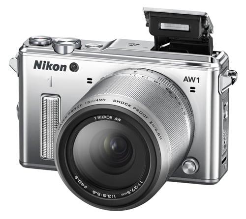 nikon_1_AW1_vue_profil_flash_ouvert.jpg
