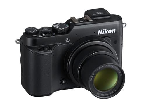 nikon_coolpix_p7800_front_np.jpg