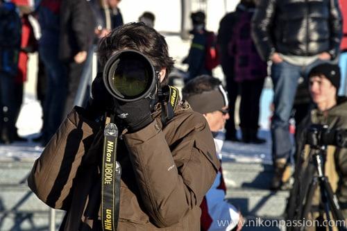 Comment porter son matériel photo autour du cou
