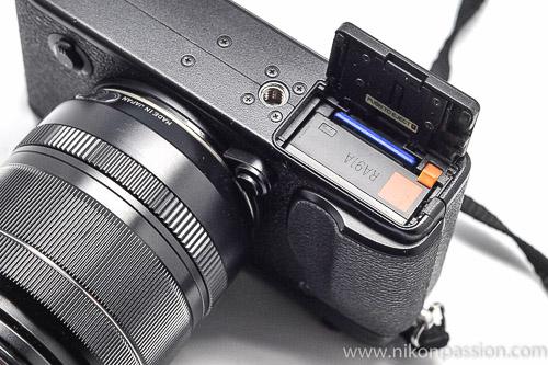 Test Fuji X-E2 trappe batterie et carte mémoire