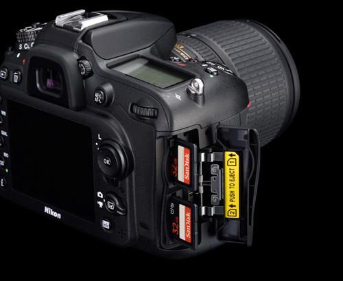 Nikon D7200 cartes mémoires double emplacement SD