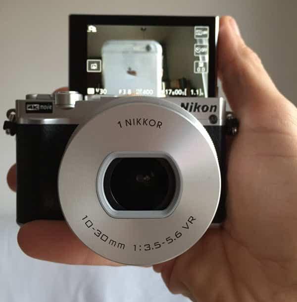 Nikon One J5