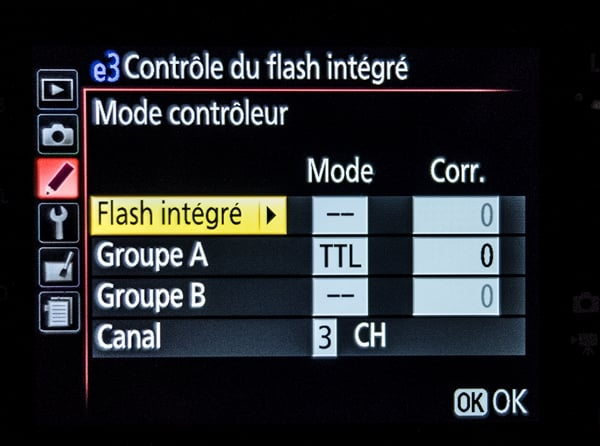 Comment éviter l'éclair du flash intégré en mode contrôleur de flash ?
