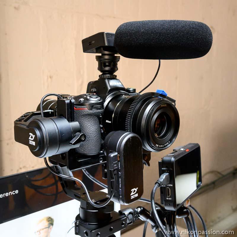 Le Nikon Z7 en configuration de tournage vidéo