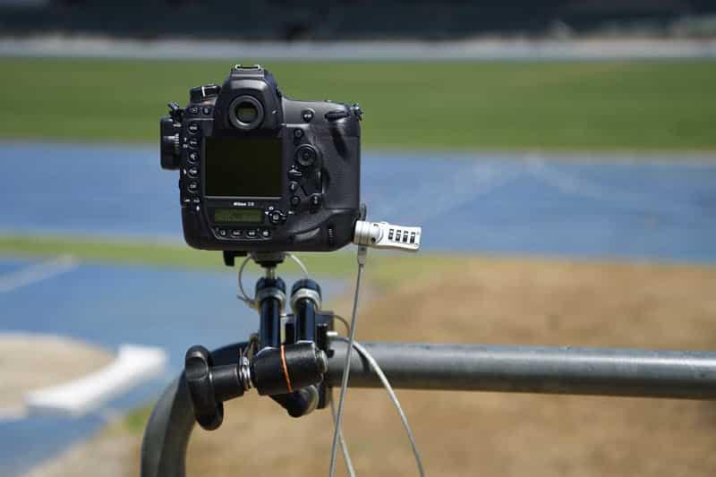 Nikon D6 : antivol Kensington