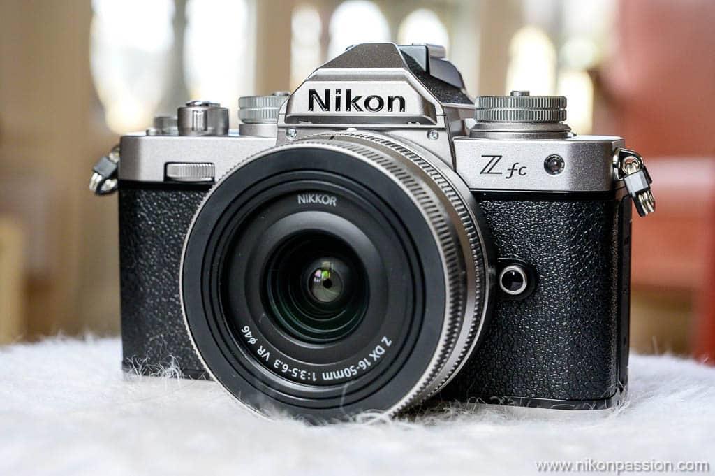 Nikon Z fc de face