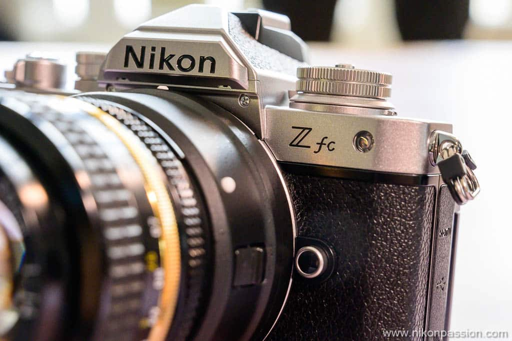 Nikon Z fc de profil